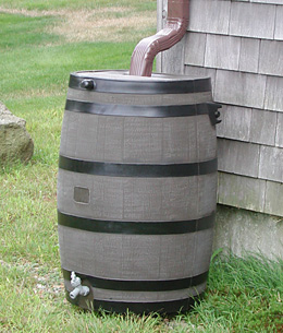 wood_rain_barrel